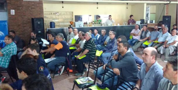 Trabajadores Nodocentes de la Facultad participaron de una capacitación sobre poda