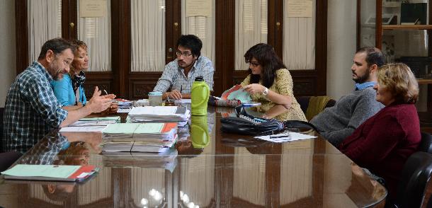 Reunión de Comisión de Grado Académico de Doctorado