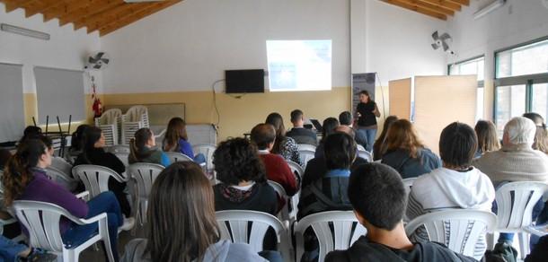 Taller en Villa Ventana con docentes y estudiantes del curso de Manejo de Cuencas