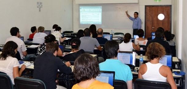Convocatoria a presentación de cursos de la V Escuela de Verano  de la UNLP 2016