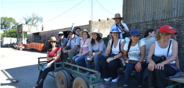 Finalizaron Cursos Extensión del Jardín Botánico con una visita al Vivero Las Delicias (Ferrari Hnos.)