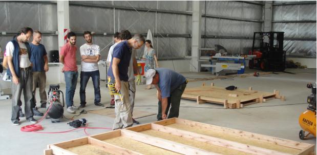 Curso de oficio de armadores de piezas partes de viviendas de madera