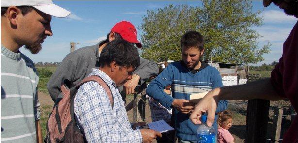 """Proyecto de Extensión Universitaria """"Sustentabilidad de productores ganaderos familiares en sistemas pastoriles"""""""