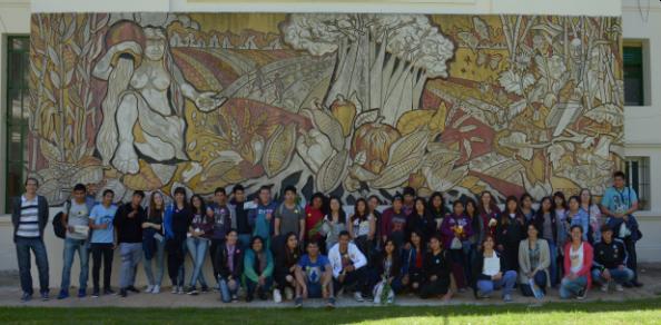 Estudiantes secundarios visitaron nuestra Facultad