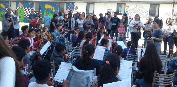 Primer concierto de la Orquesta Escuela de la UNLP