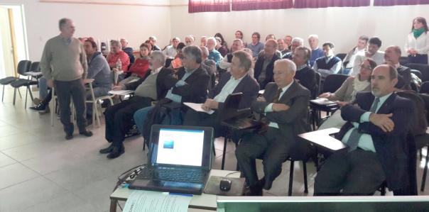 La docente Fernanda Gaspari representó a la Facultad en el Segundo encuentro de la Red Hidrológica Bonaerense.