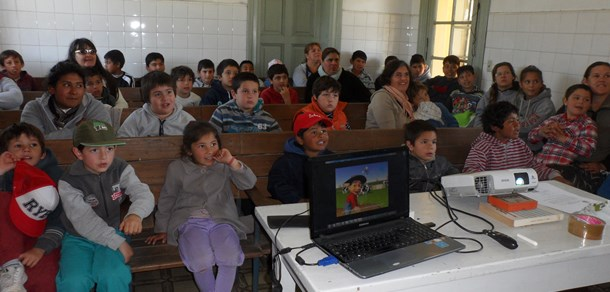 Estudiantes de la EP Nº5 de Gómez de la Vega visitaron el tambo Santa Catalina.