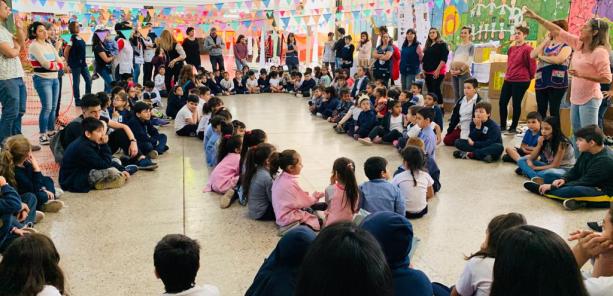 Avanza el diseño de plazas con 150 niños y niñas en Rosario