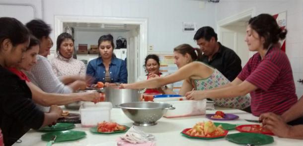 Jornada de Capacitación en Elaboración de Triturado de Tomate